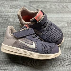 Nike Toddler Girls Size 8 Downshifter Sneakers
